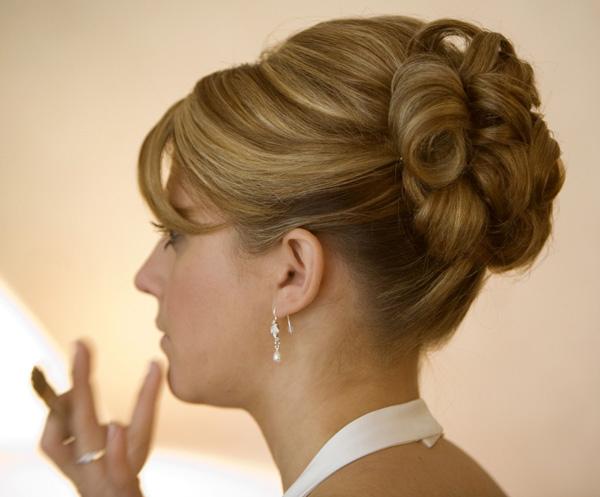 Coupe de cheveux femme pour un mariage