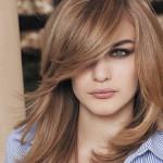 coiffure degrade avec frange sur le cote