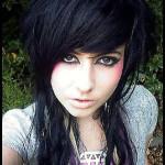 coiffure frange emo