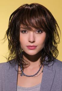 coiffure mi-long frange en dégradé
