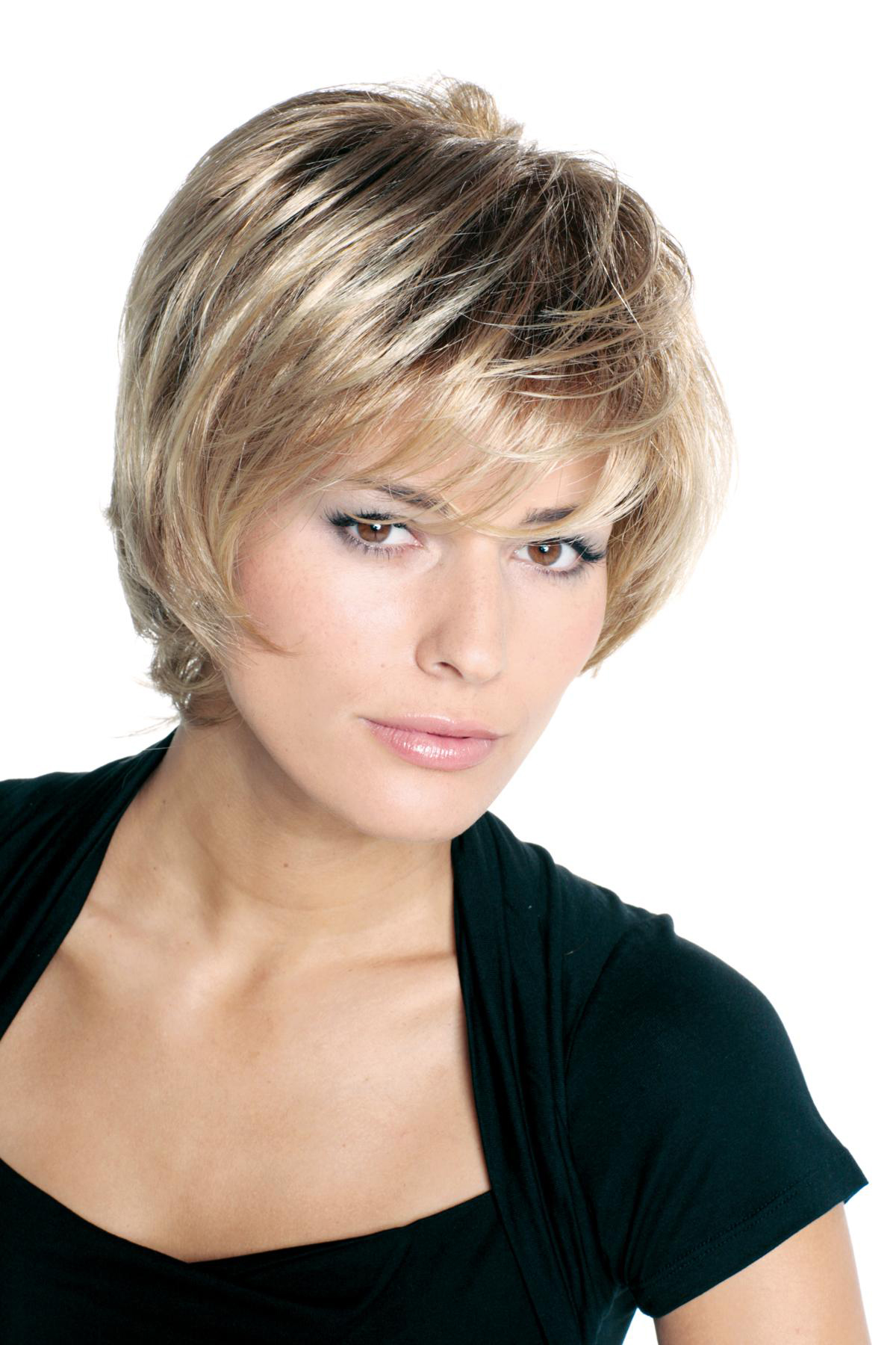 Related to Coupe De Cheveux Femme Tres Court 2014 - YouTube
