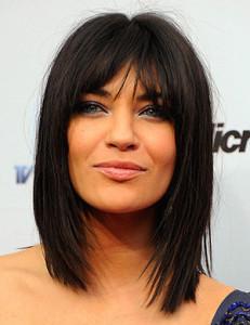 coupe de cheveux carre brune