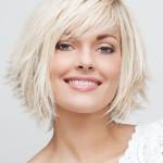 coupe de cheveux carre degrade avec frange