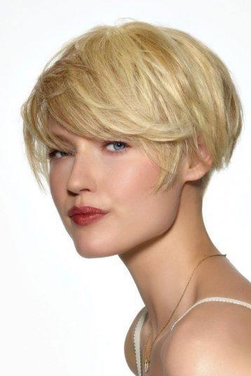 coupe cheveux carre boule
