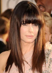 coupe de cheveux femme frange droite