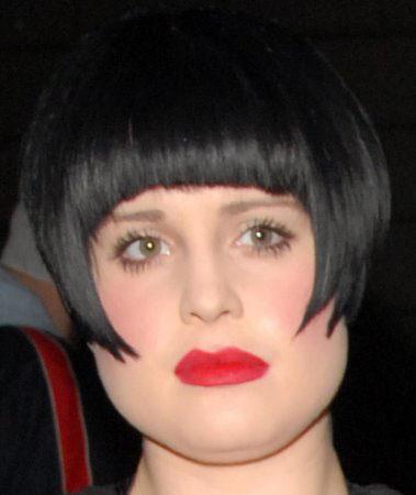 coupe de cheveux femme visage rond frange