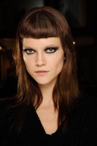 coupe de cheveux mini frange